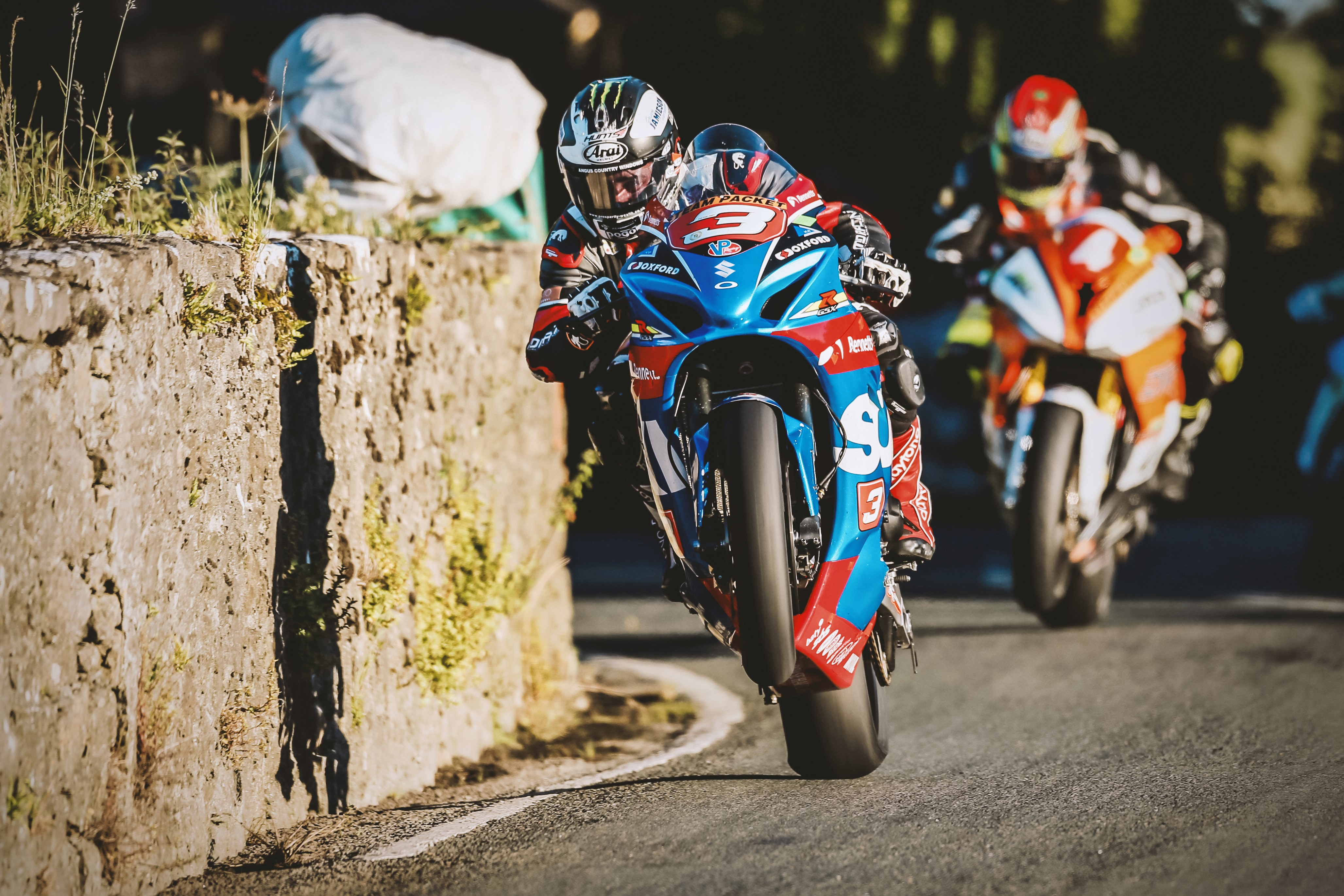 Hat-trick hero Dunlop takes three wins for Bennetts Suzuki at Southern 100 road races